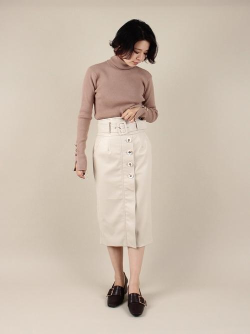 白スカート 冬コーデ9