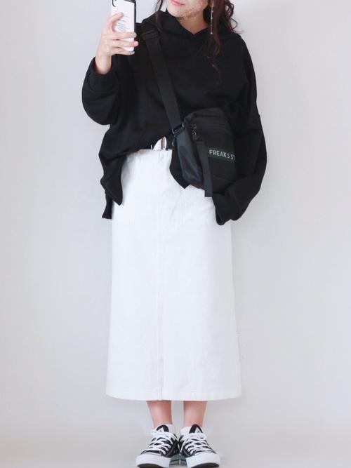 ホワイトデニムスカート