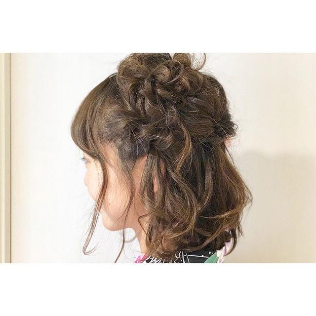 結婚式 髪型 ミディアム ハーフアップ2