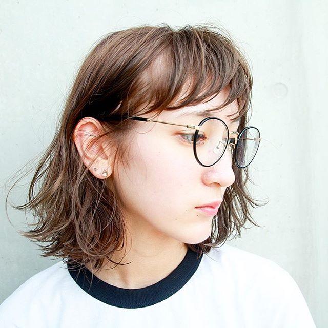 パーマボブ 耳かけヘアスタイル3
