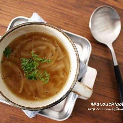 レンジで簡単!オニオンスープ
