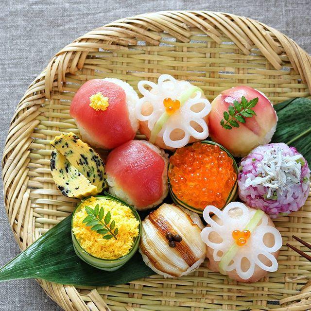 マグロの手毬寿司