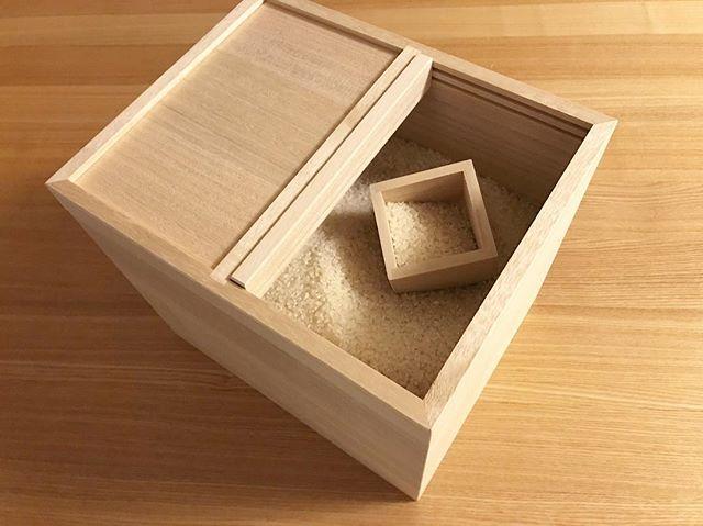 木製米びつでナチュラルな空間3