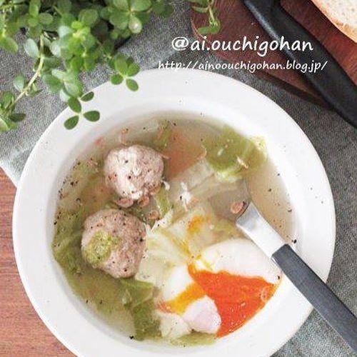 ミートボールの和風肉だんごスープ温玉添えスープ