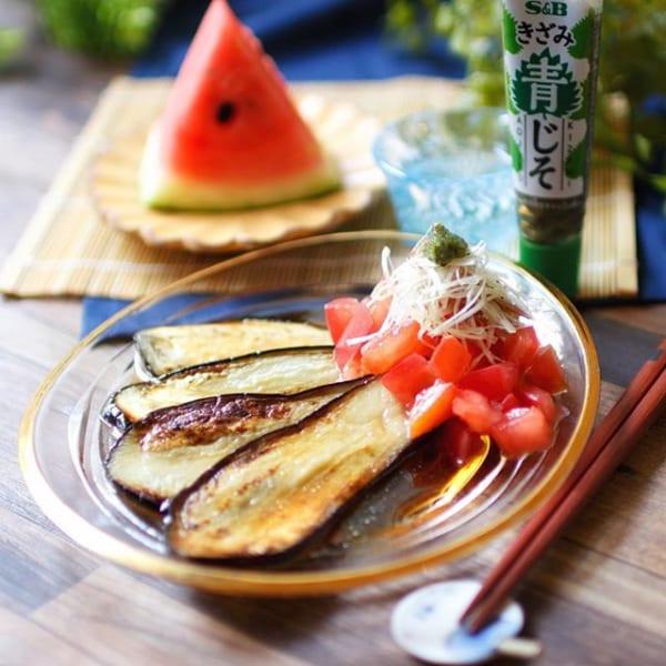 お弁当の副菜に!焼きナスとトマトのサラダ