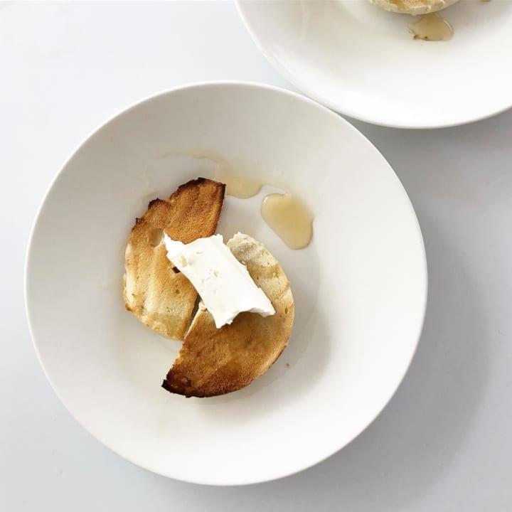 簡単でおしゃれ!ベーグル+クリームチーズ