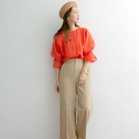 少しずつ秋を意識した着こなしに。大人女性が着こなす「季節先取りコーデ」特集!