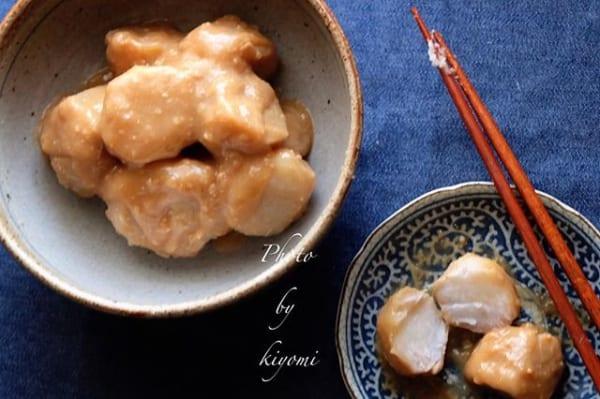 ⑲付け合わせおかず:里芋の味噌バター煮