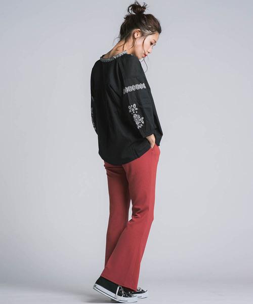 [LIPSTAR] インドローン刺繍ブラウス