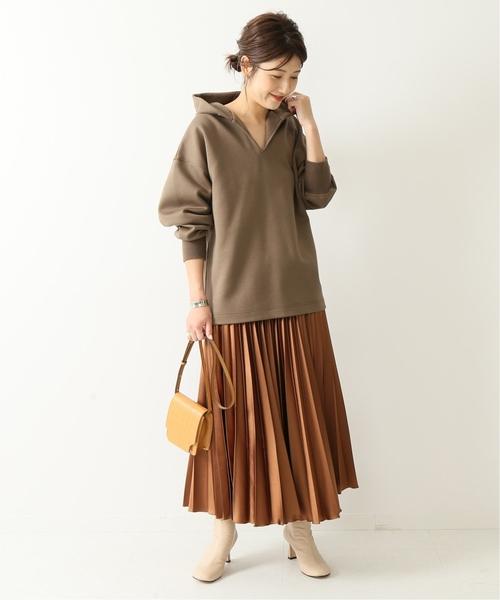 [Spick & Span] サテンレザー クロスプリーツスカート◆