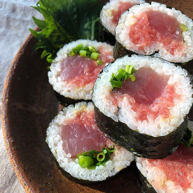 マグロ巻き寿司