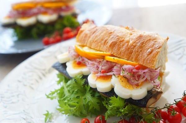 美味しい!燻製塩鯖と玉ねぎマリネのサンドイッチ