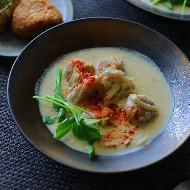 鶏蓮根つくねとマッシュルーム・しめじの豆乳スープ
