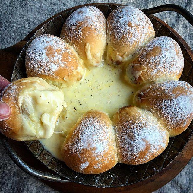 ⑱人気パン:チーズフォンデュパン