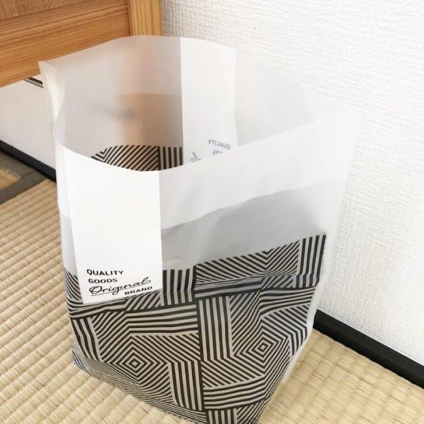 モノトーン格子柄【ダイソー】