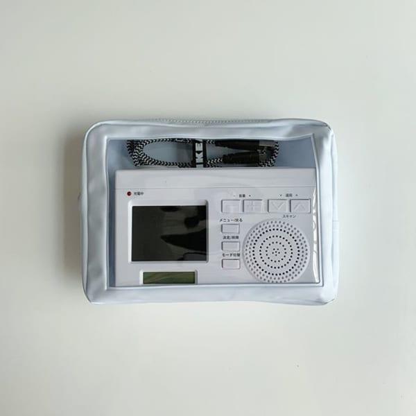 ホワイト窓付きポーチ(セリア)