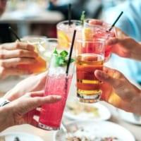 居酒屋で出会いはある?婚活女子が一人で飲み屋に行って男性と進展させる方法
