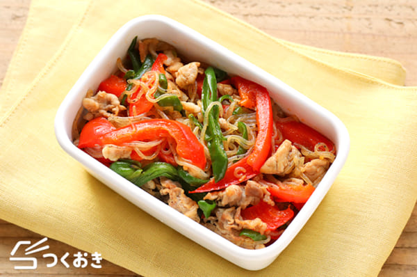 パプリカとしらたきの彩り野菜炒め