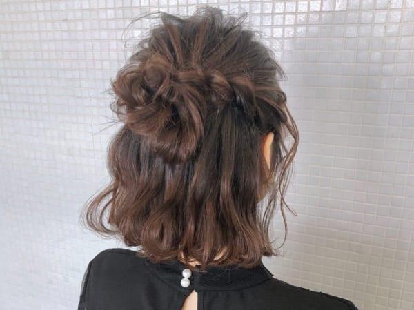 編み込み×ハーフアップまとめ髪アレンジ