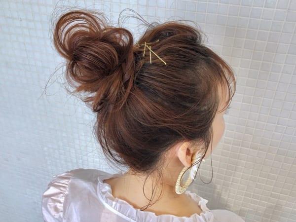 ゴールドピン×お団子まとめ髪アレンジ