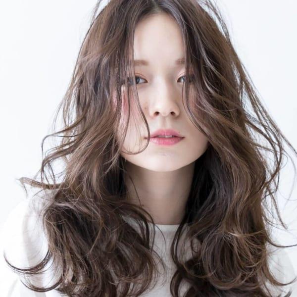 小顔に見える前髪 ロングヘア6