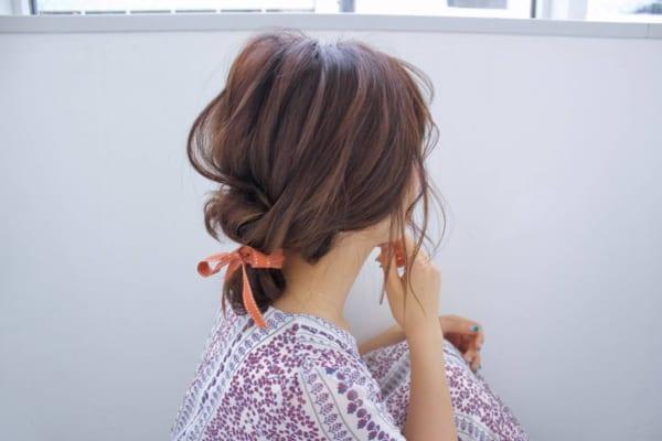 リボンアクセサリー×お団子まとめ髪アレンジ