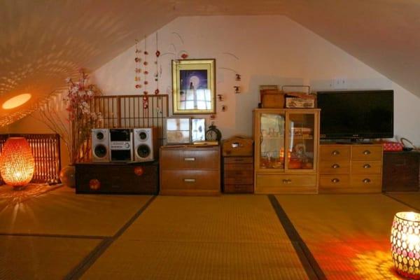 屋根裏部屋の和室をまったりスペースに