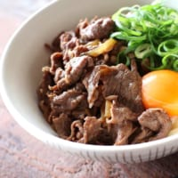 牛肉薄切りを使ったレシピ特集!簡単にできるおすすめのごちそう料理をご紹介☆