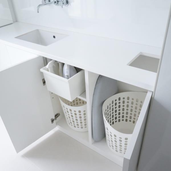 洗面台の横に洗濯スペースが!