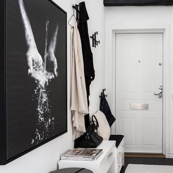 白×黒バランスが絶妙なモノトーンインテリア10
