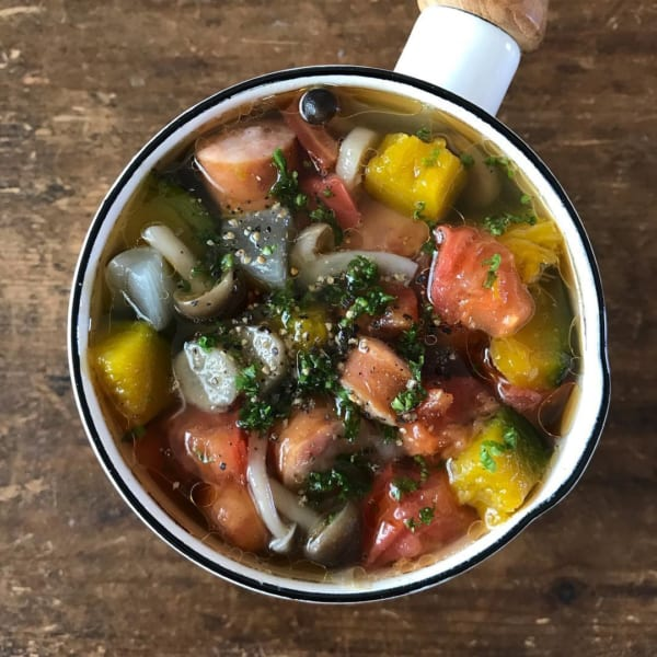 野菜たっぷりのありものスープ
