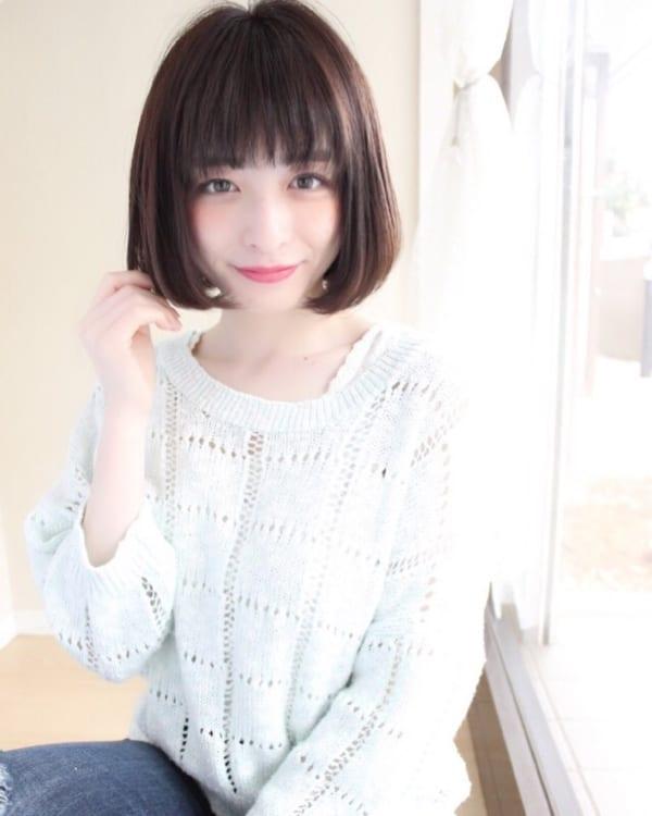 小顔に見える前髪 ショートヘア9