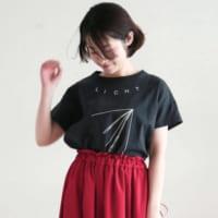 トレンドは「ゆったり」。体型カバーも叶える最旬Tシャツ特集
