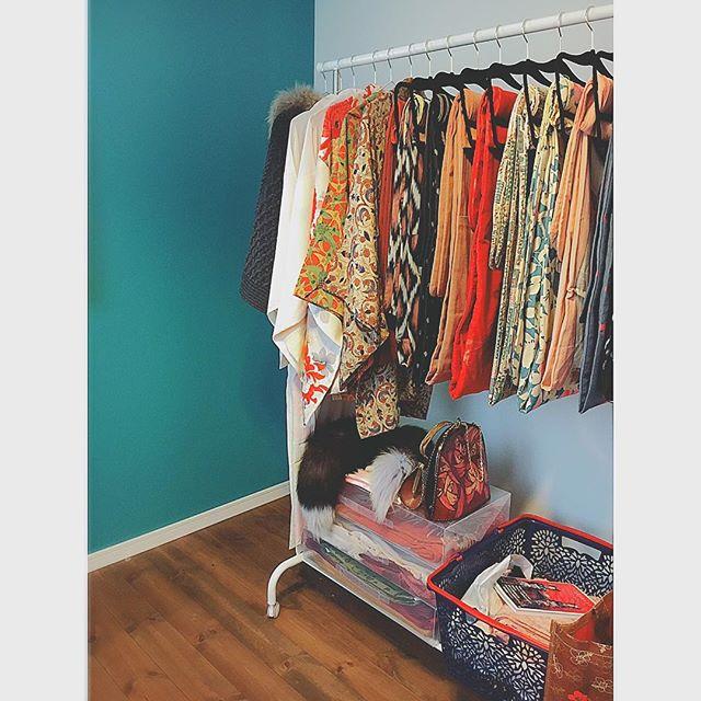 洋服は見せるIKEA収納ですっきり片付け