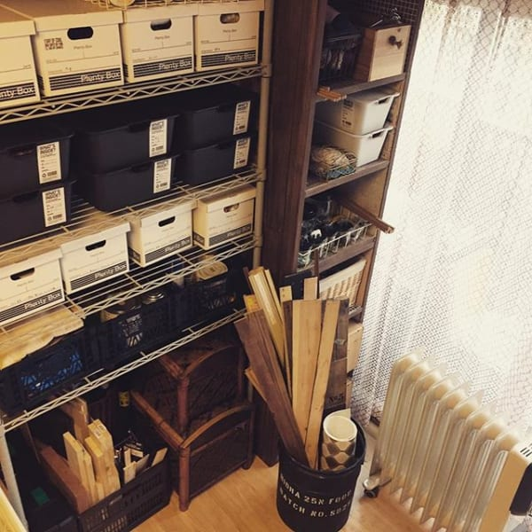 折り畳みできるコンテナで文庫本を収納