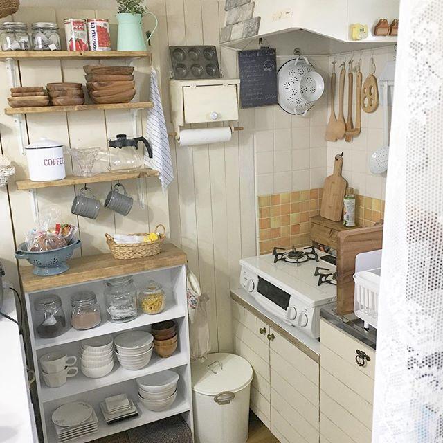 賃貸キッチン実例!ディスプレイ収納