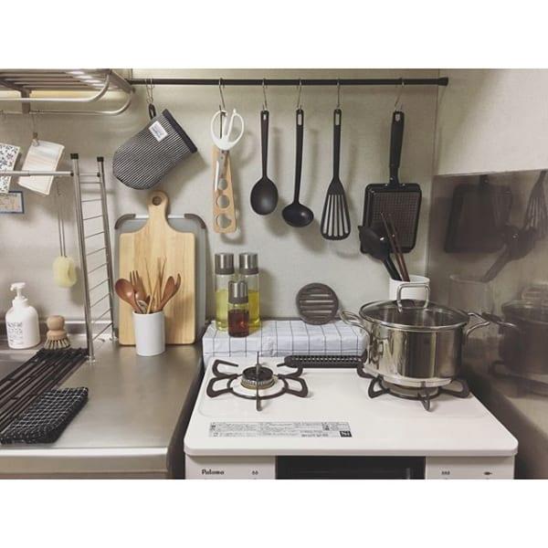 狭い台所でも使いやすい大人女子の素敵レイアウト