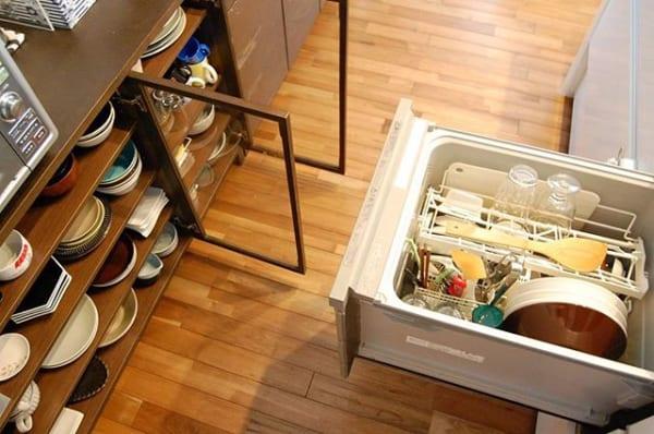 食洗機と食器棚の使いやすいレイアウト