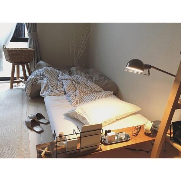 一人暮らし女子の可愛いベッド回りインテリア実例