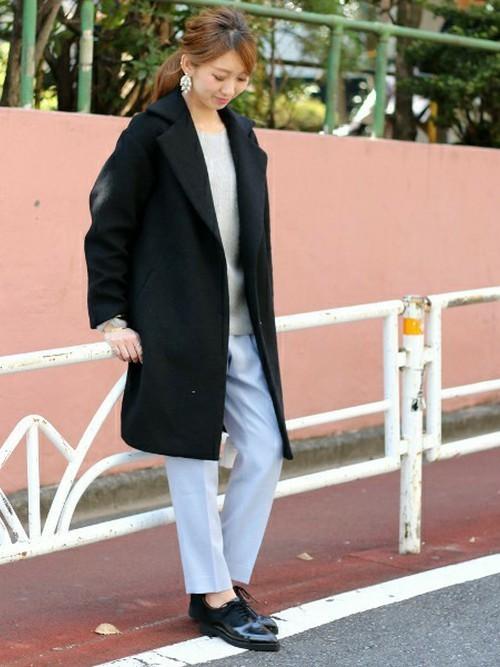 淡色インナー×コートのぽっちゃりさん向け冬コーデ