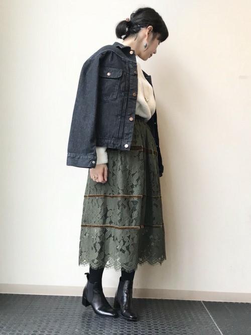 カーキレーススカート×デニムジャケット