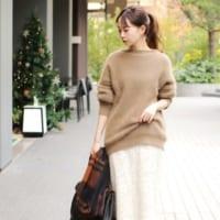 レーススカートの冬コーデ特集♡大人のおしゃれな着こなしをカラー別に大公開!