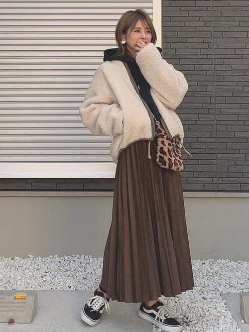 最高気温8度 服装 スカートコーデ3