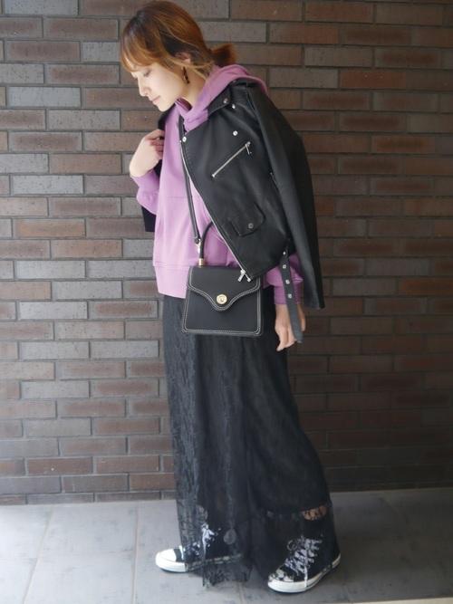 黒レーススカート×ライダースジャケット
