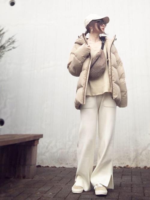 【レディース】白ニットパンツコーデ3
