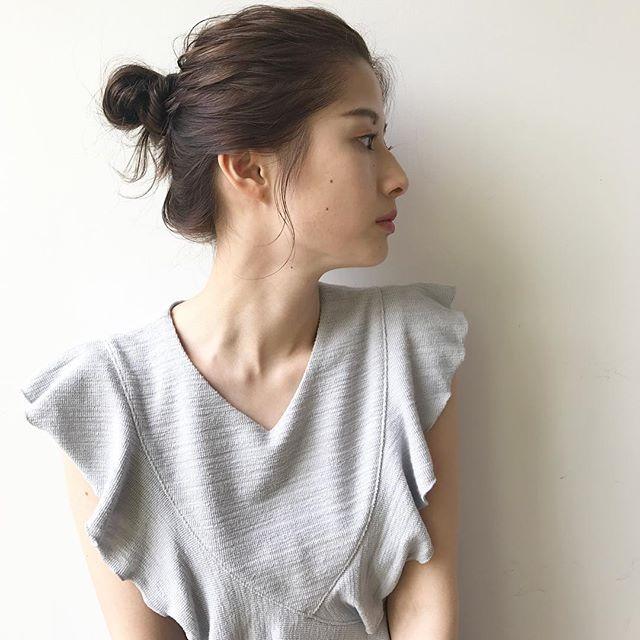 オフィスの髪型:定番・まとめお団子のやり方
