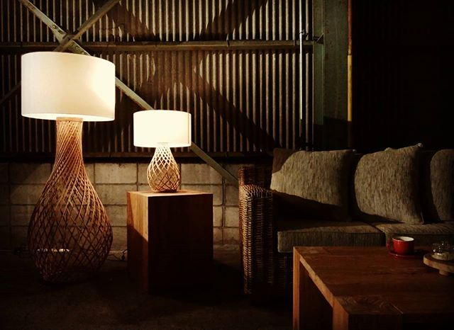 スタイリッシュな和室に映えるライト