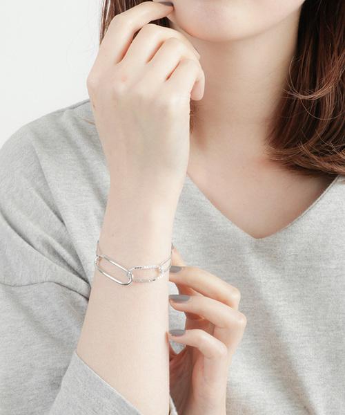 アーバンなデザインが女子に人気のブランド