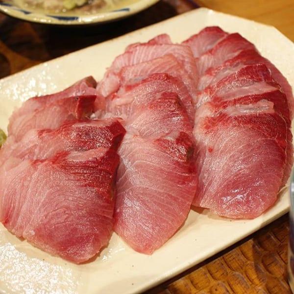 旬な魚で新鮮だからこそできる!ブリのお刺身