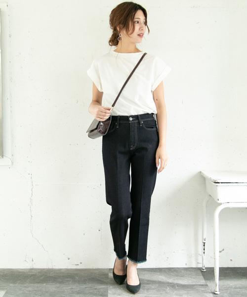 センタープレスデニムの今日の服装【パンツ】